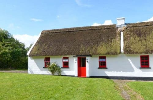 Last Minute Cottages - Cosy Nenagh Cottage S9469
