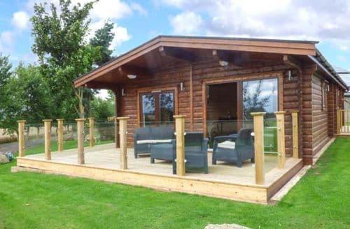 Last Minute Cottages - Heathcliff Lodge