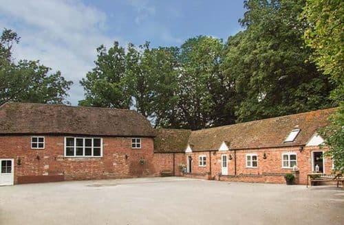 Last Minute Cottages - Tasteful Rowington Cottage S41049