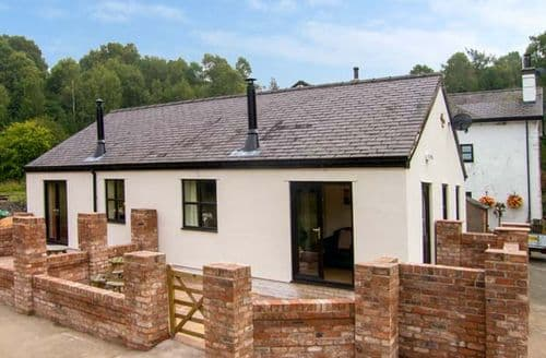 Last Minute Cottages - Alyn View