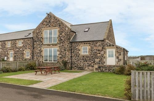 Last Minute Cottages - Granary Stone House