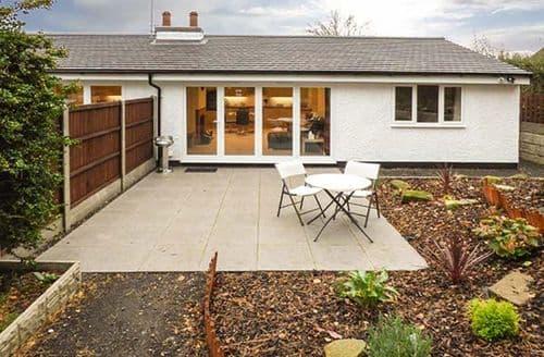 Last Minute Cottages - Beautiful Heage Lodge S42417