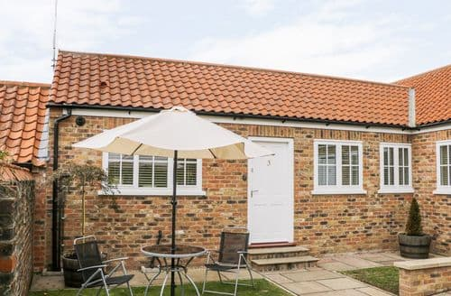 Last Minute Cottages - Lupin Croft