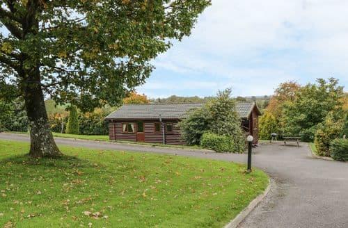 Last Minute Cottages - Cabin 6