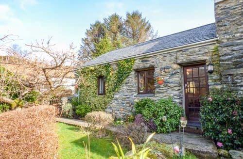 Last Minute Cottages - Cwm Caeth Cottage