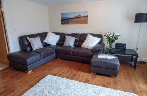 Last Minute Cottages - Inviting Stanhope Apartment S59234