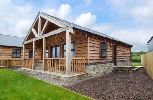 Last Minute Cottages - Cosy Longframlington Lodge S59481