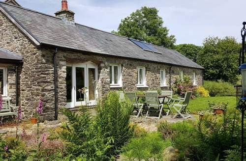 Last Minute Cottages - Cwt Mochyn