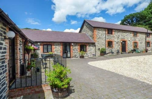 Last Minute Cottages - Stunning Carrog Cottage S69907
