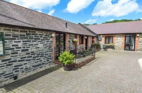 Last Minute Cottages - Attractive Carrog Cottage S69909