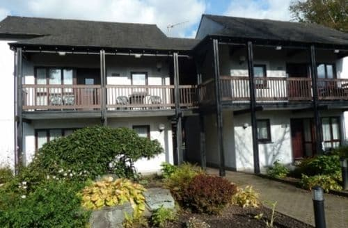 Last Minute Cottages - Beautiful Waterhead Apartment S70359