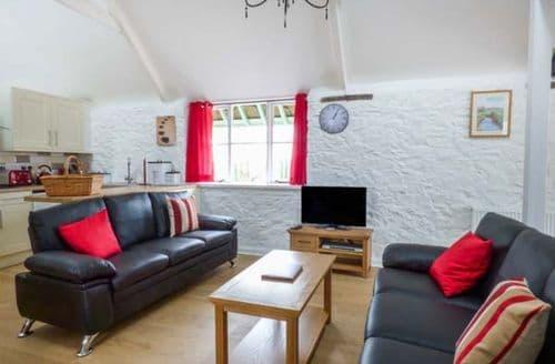 Last Minute Cottages - Captivating Bridgerule Cottage S70461
