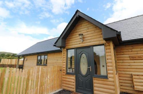 Last Minute Cottages - Wonderful Nantmel Lodge S75188
