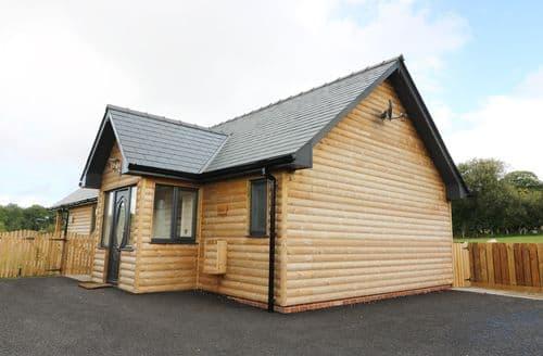 Last Minute Cottages - Attractive Nantmel Lodge S75183