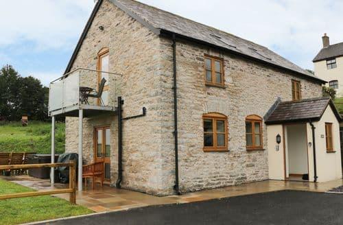Last Minute Cottages - Splendid  Cottage S78357