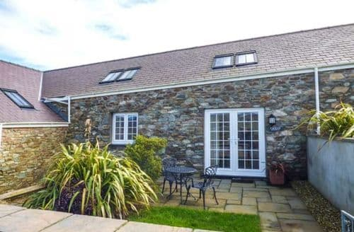 Last Minute Cottages - Cosy Penrhos Feilw Cottage S79101