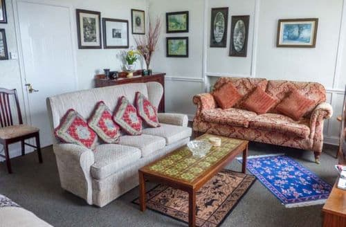 Last Minute Cottages - Charming Lynmouth Apartment S78977