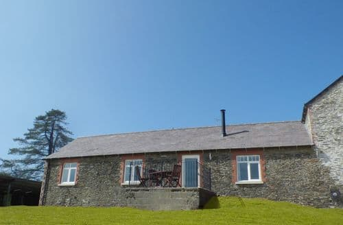 Last Minute Cottages - Llaethdy - The Dairy