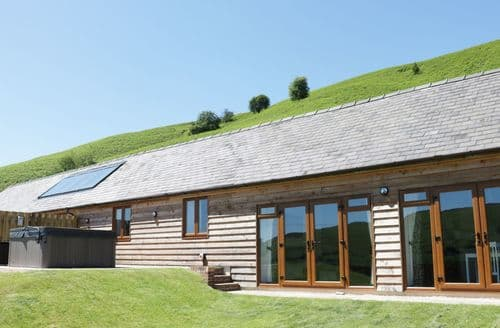 Last Minute Cottages - Stunning  Cottage S89377