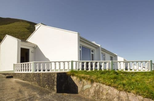 Last Minute Cottages - Rossbeigh Beach Cottage No 2