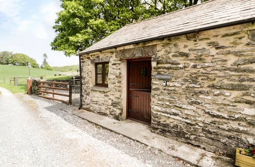 Last Minute Cottages - Tan Dderwen