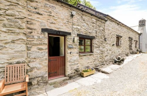 Last Minute Cottages - Y Stabl