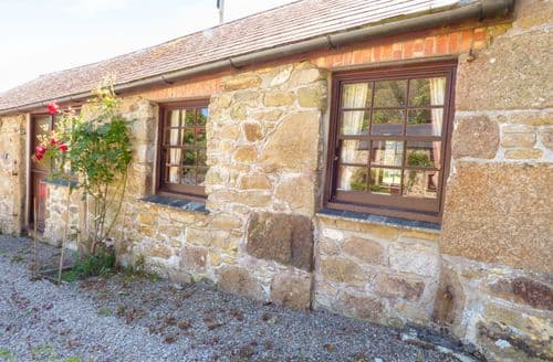 Last Minute Cottages - Cosy St. Erth Cottage S82961