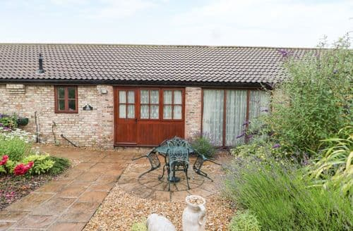 Last Minute Cottages - Exquisite Beverley Cottage S123694
