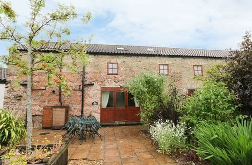 Last Minute Cottages - Beautiful Beverley Cottage S123696