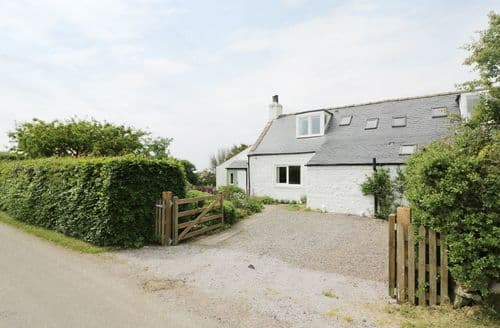 Last Minute Cottages - Wonderful  Cottage S83676