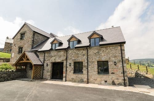 Last Minute Cottages - Tyn Y Celyn Isaf