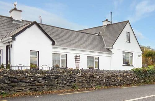 Last Minute Cottages - Cosy Galway Cottage S75466