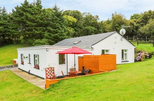 Last Minute Cottages - Luxury Galway Apartment S85467