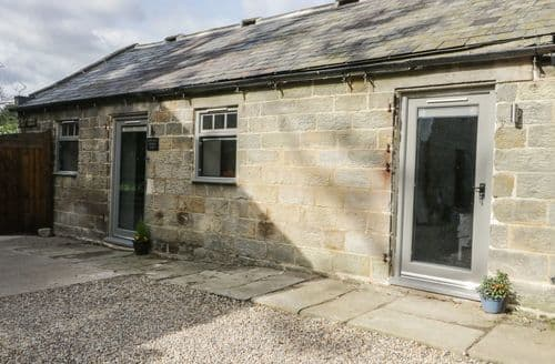 Dog Friendly Cottages - Lowdale Barns West