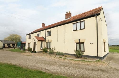 Last Minute Cottages - Attractive Hainford Cottage S87114