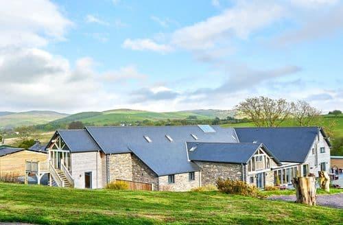 Last Minute Cottages - Tynrhyd Barn