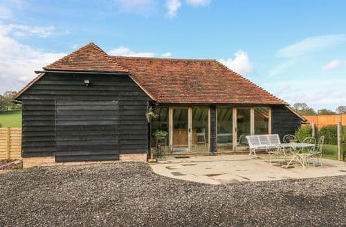 Last Minute Cottages - Captivating Ashford Cottage S98204