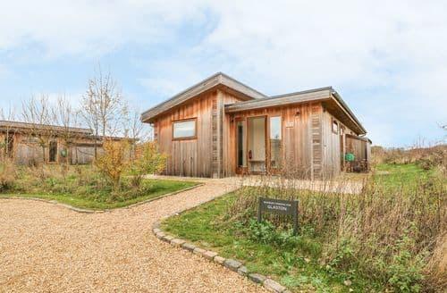 Last Minute Cottages - Inviting Oakham Cottage S100781
