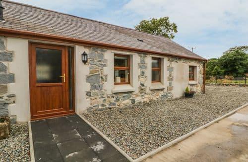 Last Minute Cottages - Y Deri Cottage