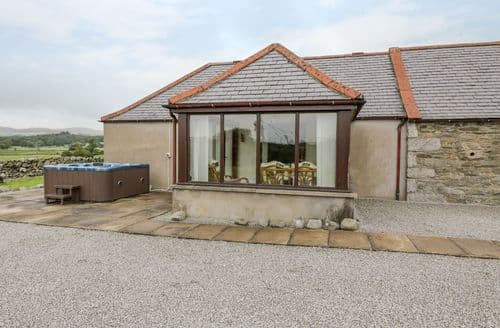 Last Minute Cottages - The Middle Byre