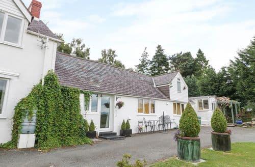 Last Minute Cottages - Gorgeous  Cottage S113641