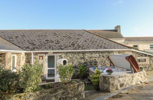 Big Cottages - Inviting Mullion Cottage S113652