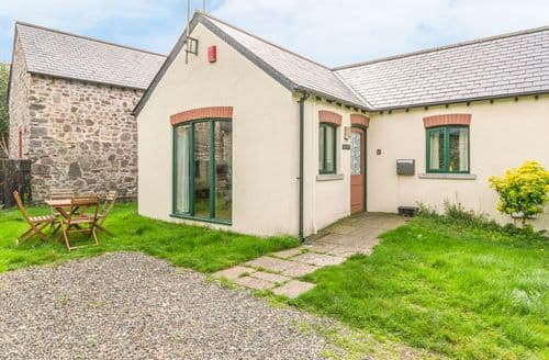 Last Minute Cottages - Superb St. Ishmaels Cottage S121902