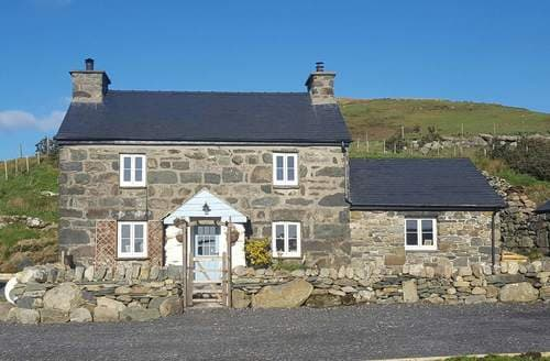Big Cottages - Captivating Cwm Pennant Cottage S128224
