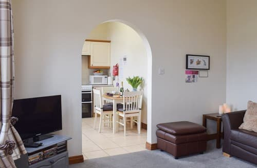 Last Minute Cottages - 1 Bedroom - UK2633