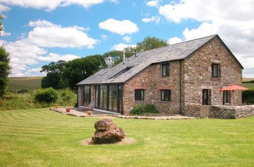Last Minute Cottages - The Red Barn