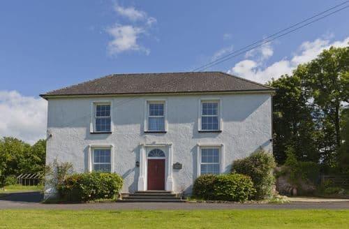 Big Cottages - Hafod Grove