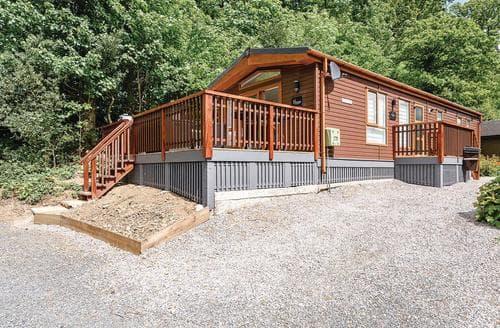 Last Minute Cottages - Stunning Bassenthwaite Lodge S134596