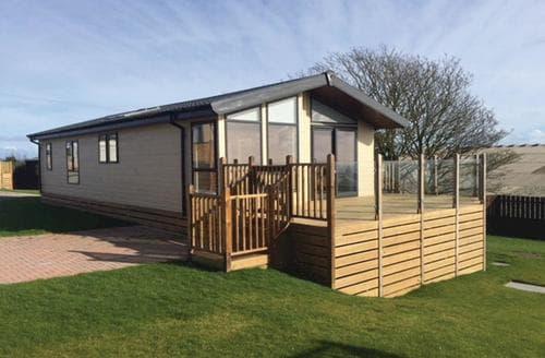 Last Minute Cottages - Adorable Boswinger Lodge S134707