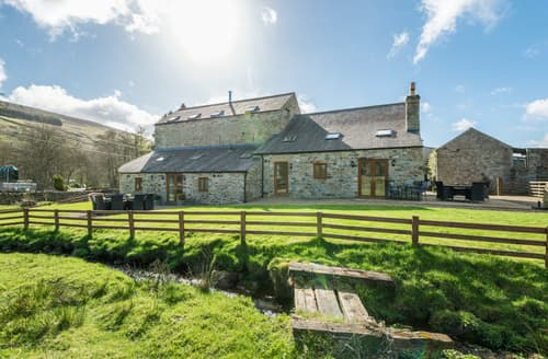 Last Minute Cottages - Broadmea Barn